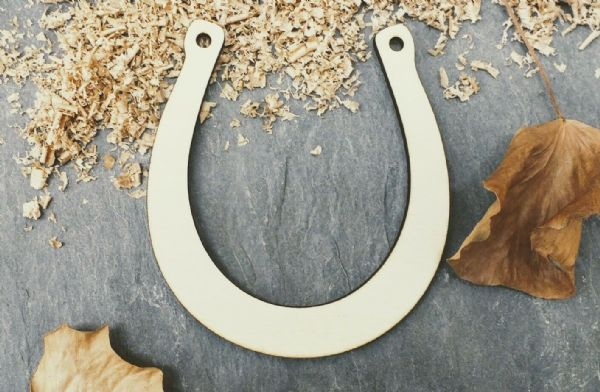 Laser 4mm Plywood Horse Shoe Shapes, pack of 10